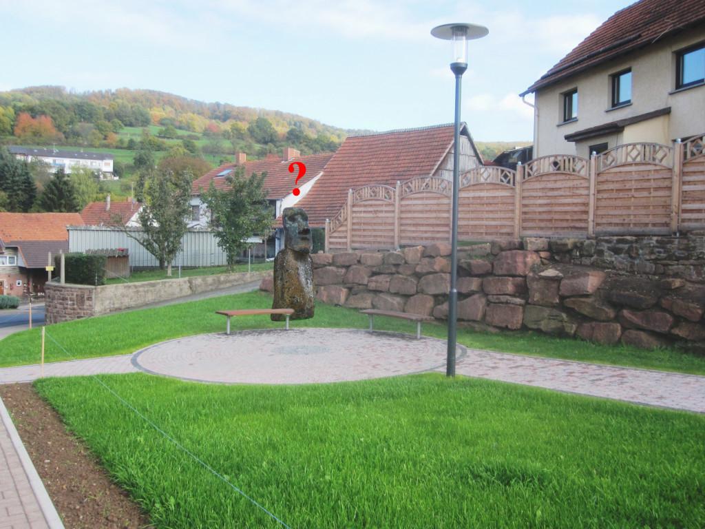 skulptur-kirchenumfeld-1